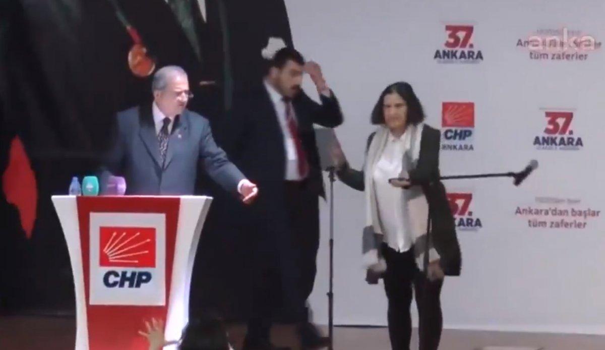 CHP'nin kongresinde olay çıktı