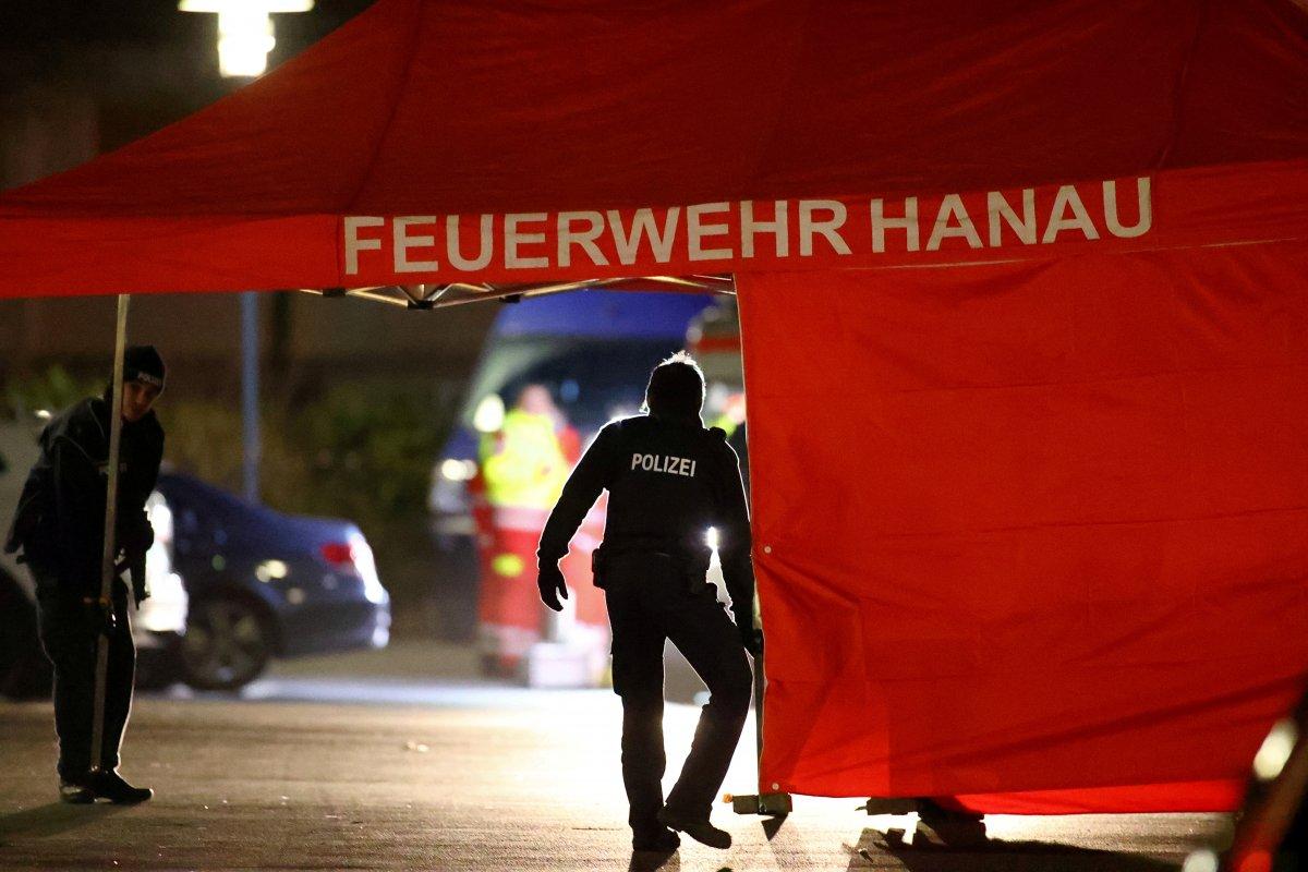 Almanya'da silahlı saldırıda 11 kişi öldü