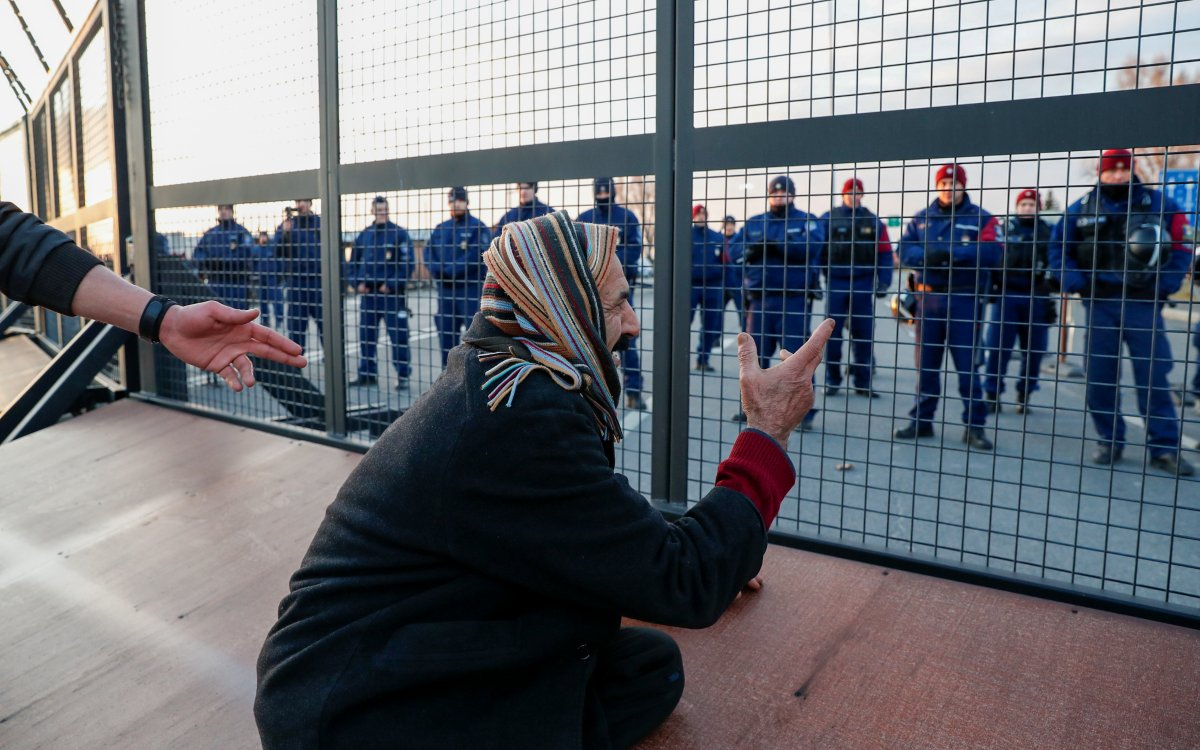 AB: Sığınmacılara karşı sınırlarımızı koruyacağız