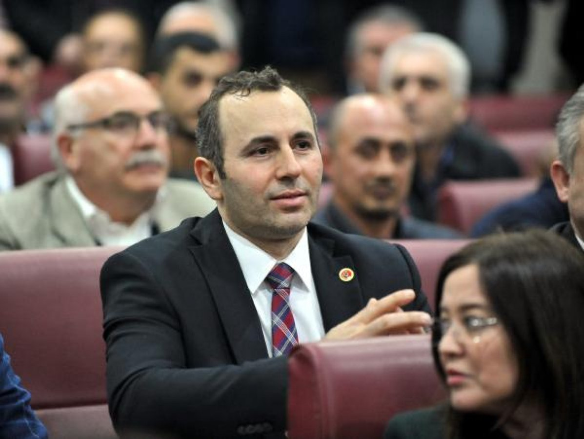 Yalova Belediye Başkan Vekilliği'ne Mustafa Tutuk seçildi