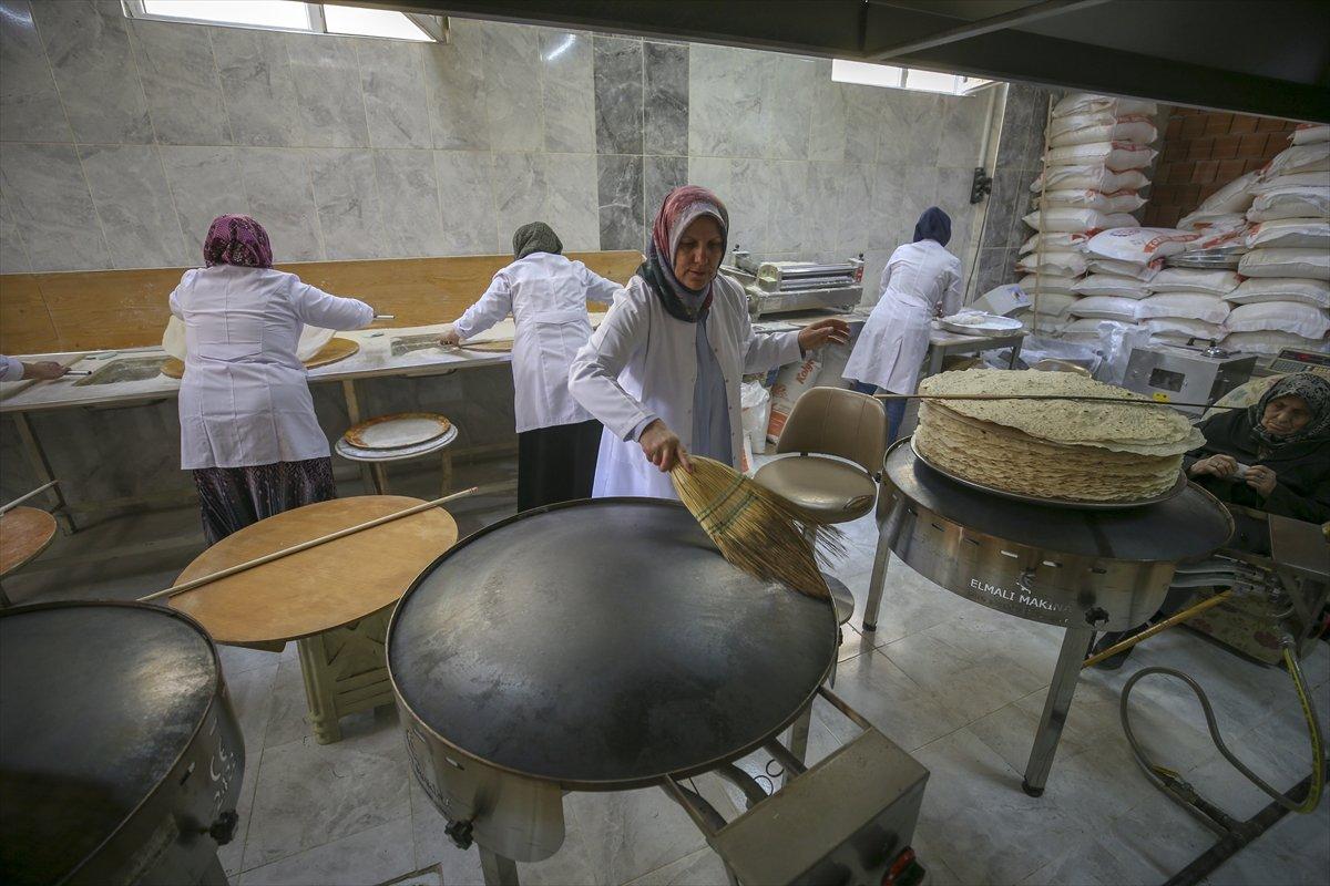 Kadın girişimci, imalathanesinde 10 kadına istihdam sağlıyor