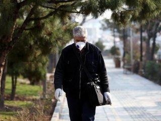 İran korona tedbirleri kapsamında sokakları boşalttı