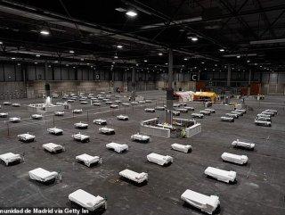 İspanya'da kongre salonu, karantina merkezine dönüştü