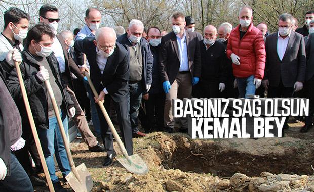 Kemal Kılıçdaroğlu kız kardeşini toprağa verdi
