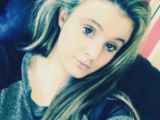 İngiltere'de 21 yaşındaki kız koronavirüs sebebiyle öldü