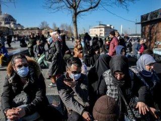 İstanbul'da evde kal çağrısına 'uyanlar ve uymayanlar'