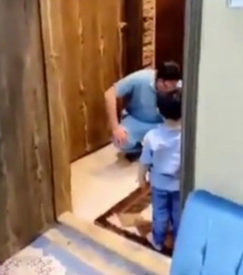Suudi Arabistan'da çocuğuna sarılamayan doktor