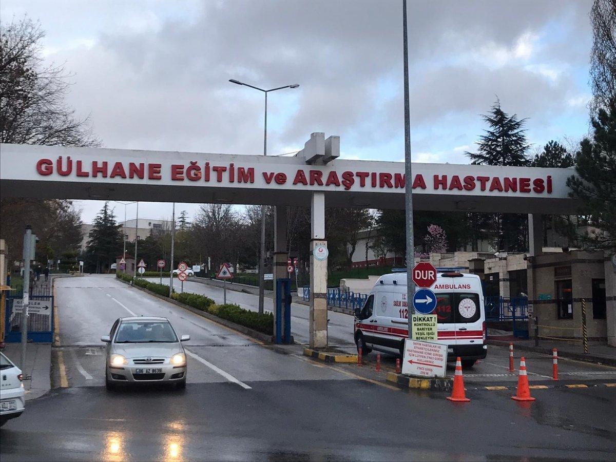 Ankara'da karantinadaki umrecilerin korona testi pozitif