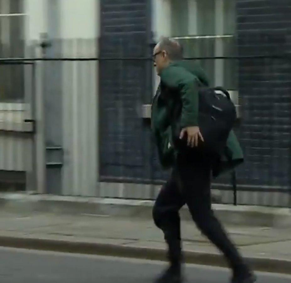 Boris'in kaçan danışmanı da koronaya yakalandı