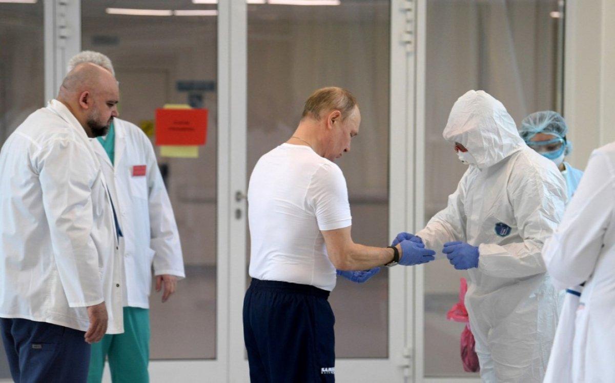 Putin'in gittiği hastanenin başhekimi koronaya yakalandı