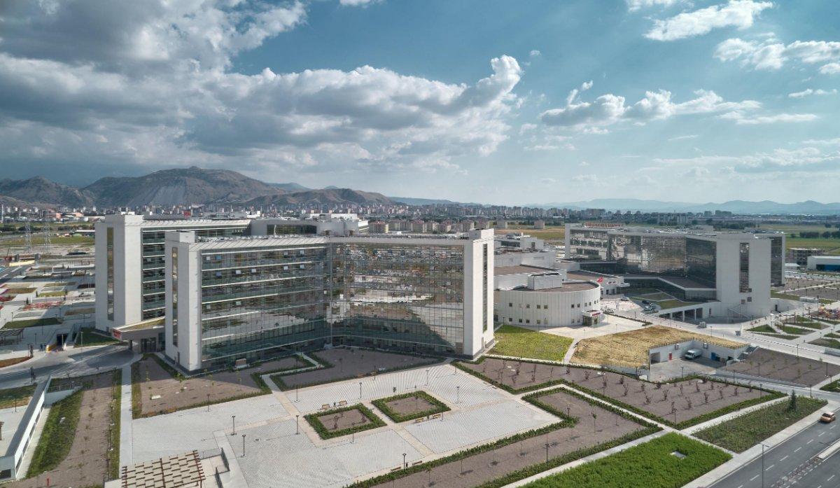 Türkiye'de hizmete başlayan şehir hastanelerinin listesi