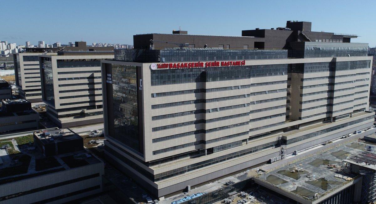 Başakşehir Şehir Hastanesi'nin yolu bitiyor