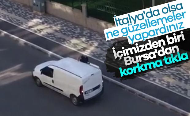 Bursa'da fırın çalışanı şarkı söyleyerek ekmek sattı