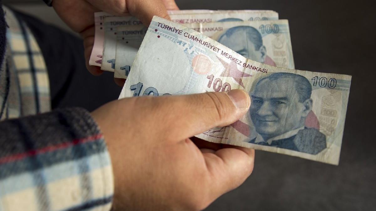 Bakan Selçuk: 1000 lira ödemeye başlandı