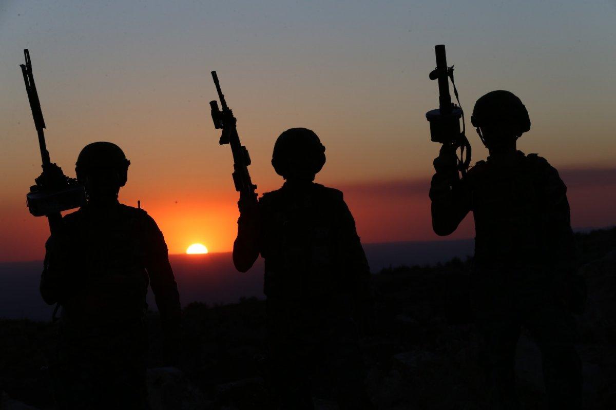 Barış Pınarı bölgesinde 20 terörist öldürüldü