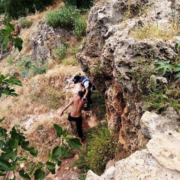 Antalya'da intihar etmekten vazgeçen kişiye dürüm sözü