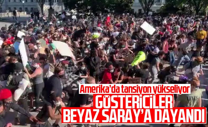 ABD'de göstericiler Beyaz Saray önünde polisle çatıştı