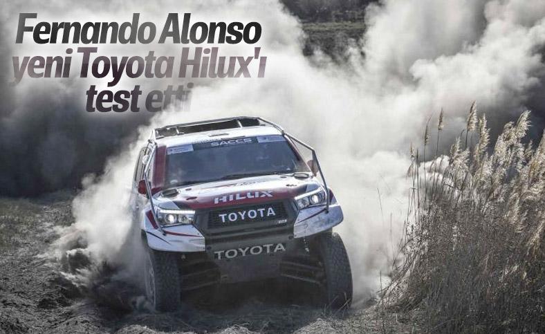 Yeni Toyota Hilux Fernando Alonso tarafından test edildi