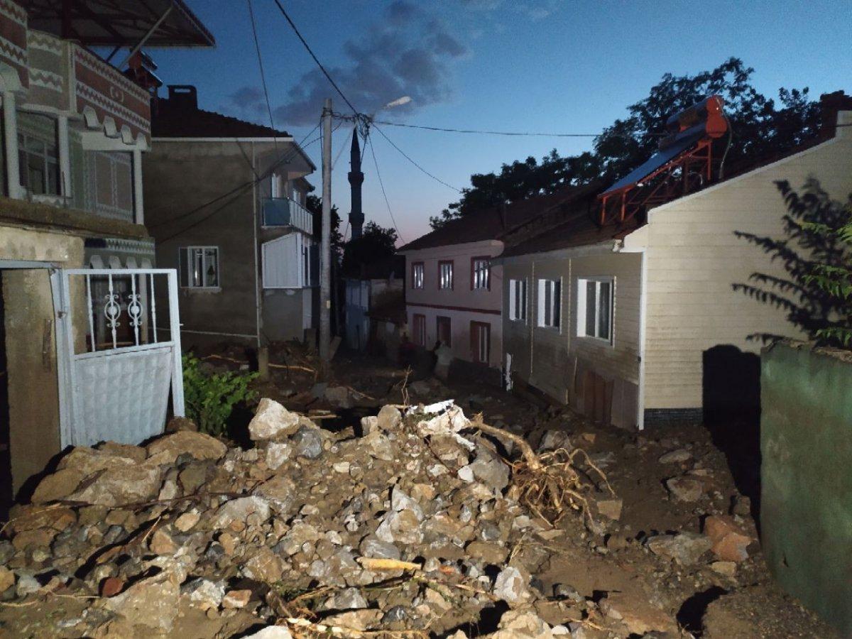 Bursa'da sel felaketi: 5 kişi hayatını kaybetti #9