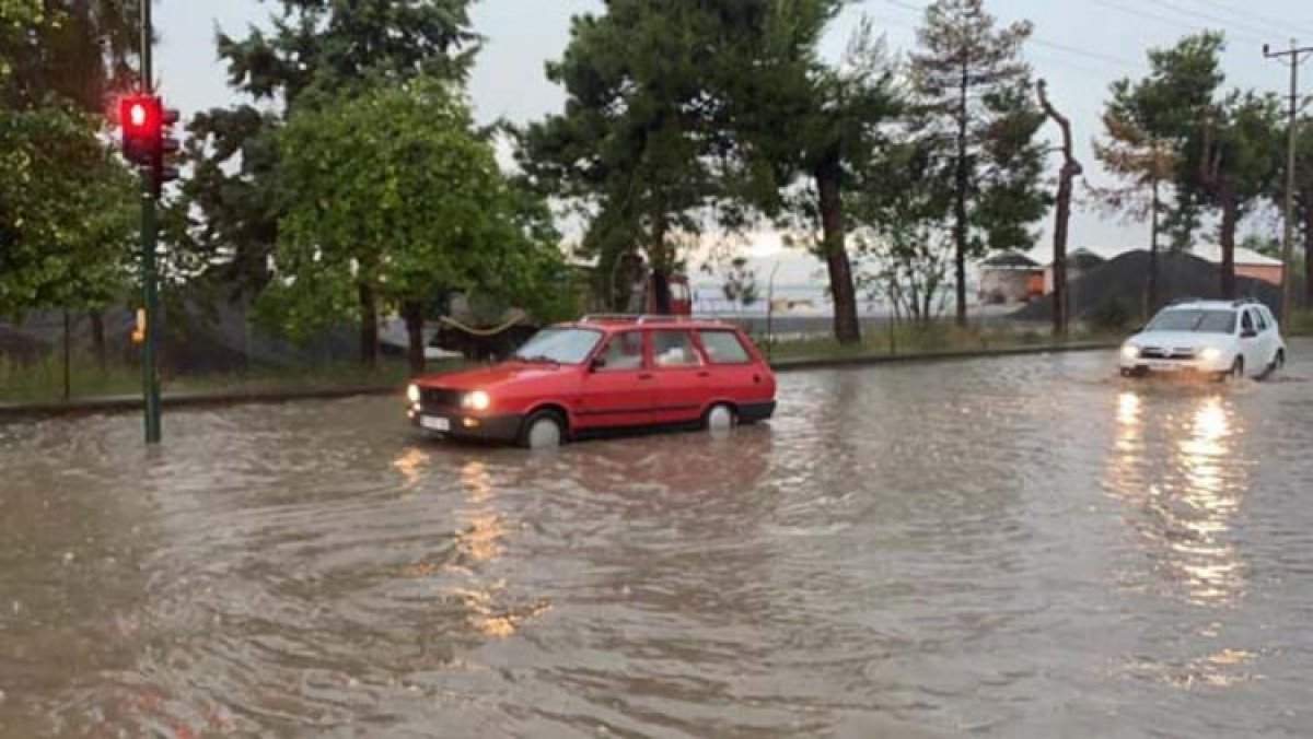 Bursa'da sel felaketi: 5 kişi hayatını kaybetti #5
