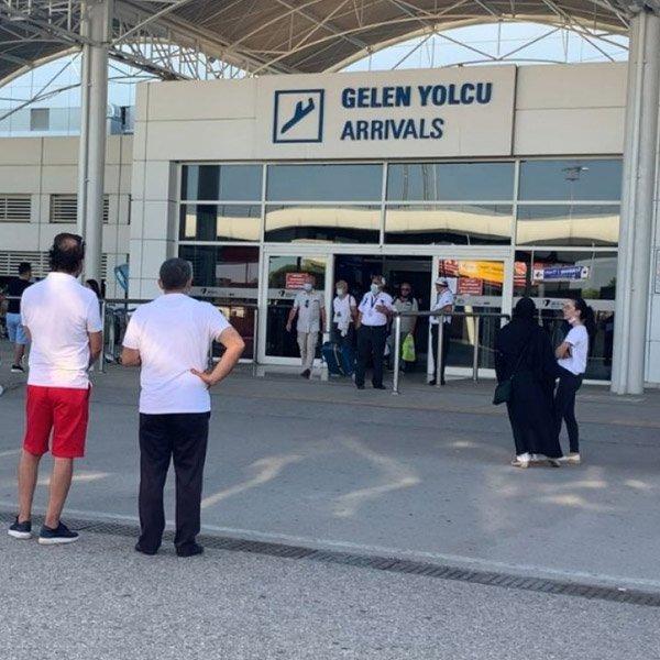 Antalya'ya ilk turistler geldi #1