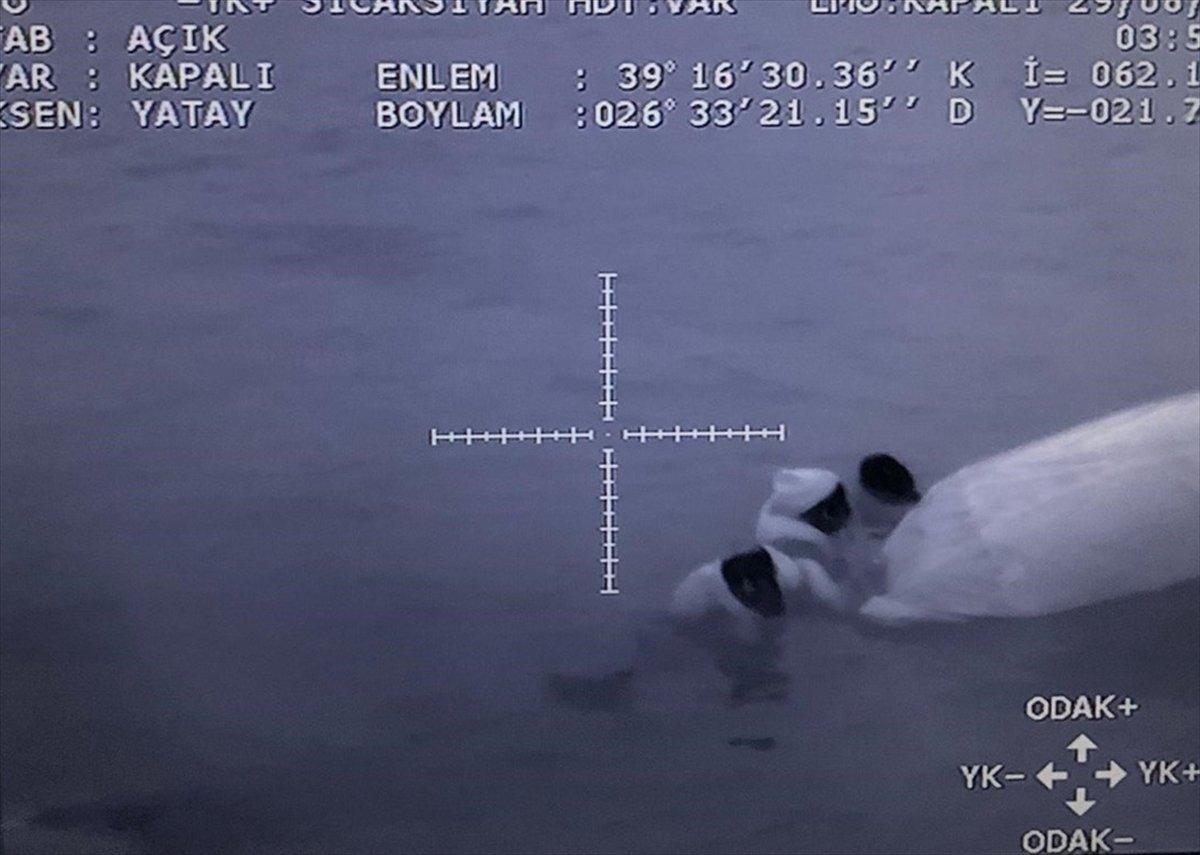 Ayvalık'ta sığınmacıları taşıyan bot battı #2