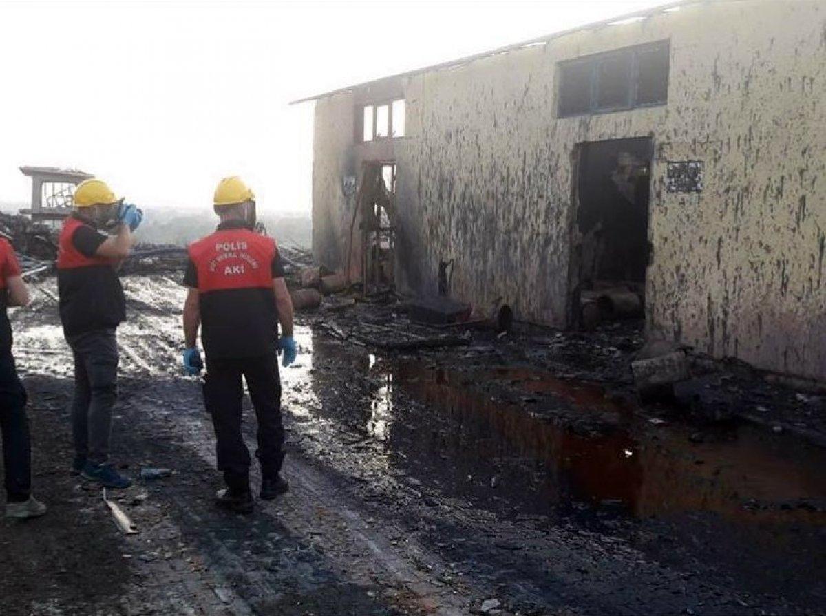 Hendek'teki patlamaya ilişkin 3 kişi gözaltına alındı #2