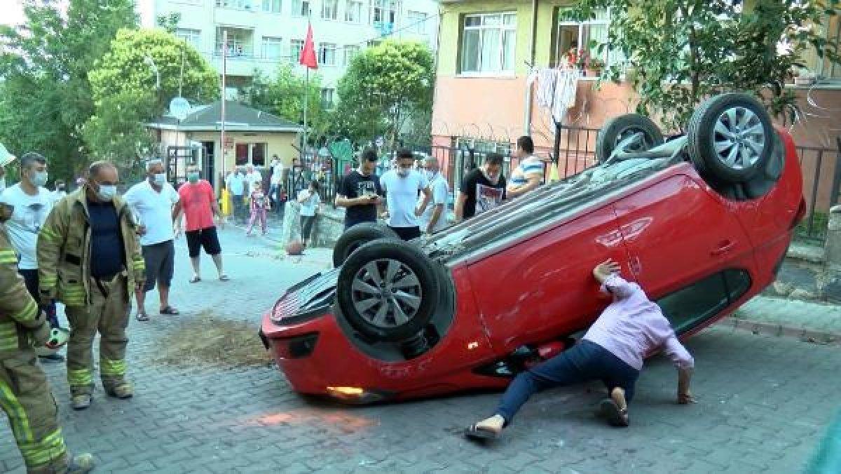 Sultangazi'de aracın üstüne çıkan otomobil kamerada #4