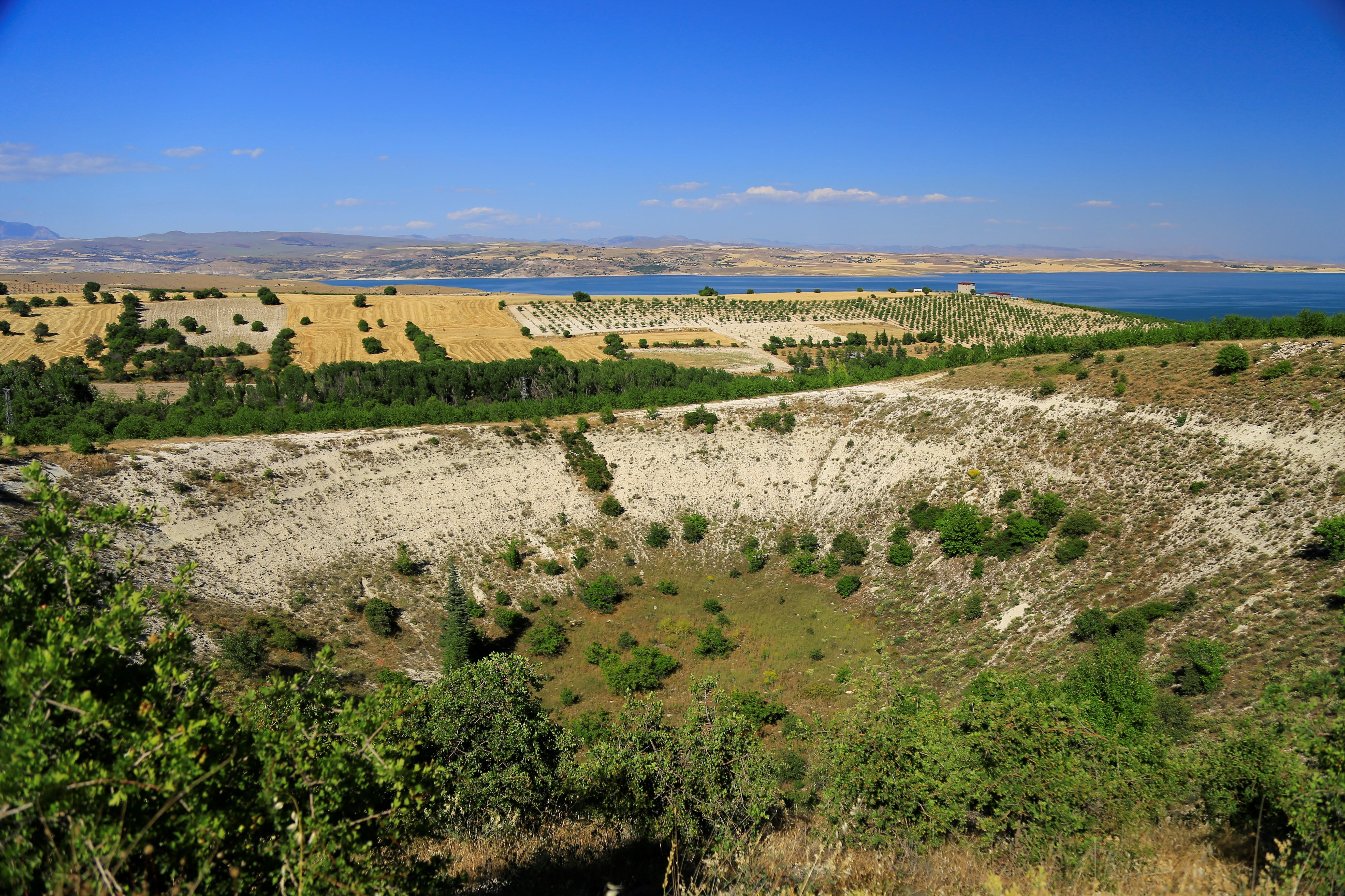 Elazığ'daki 'Kup' çukurunun nasıl oluştuğu bilinmiyor #4