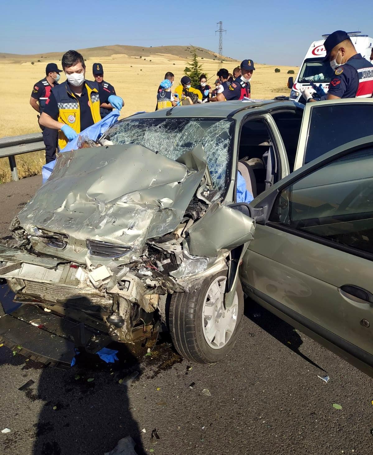 Kayseri'de kaza yapan polis memuru hayatını kaybetti #2