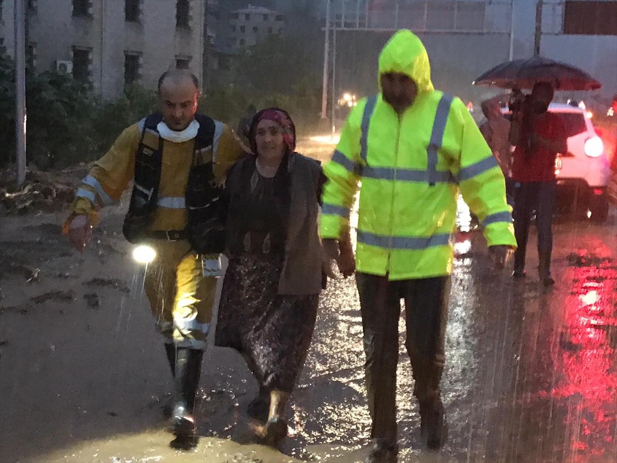 Süleyman Soylu: Rize'de 11 yaralı var, 1 kişi kayıp #2
