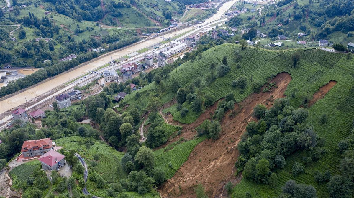 Rize'deki yağışlarda son 91 yılın rekoru kırıldı #24