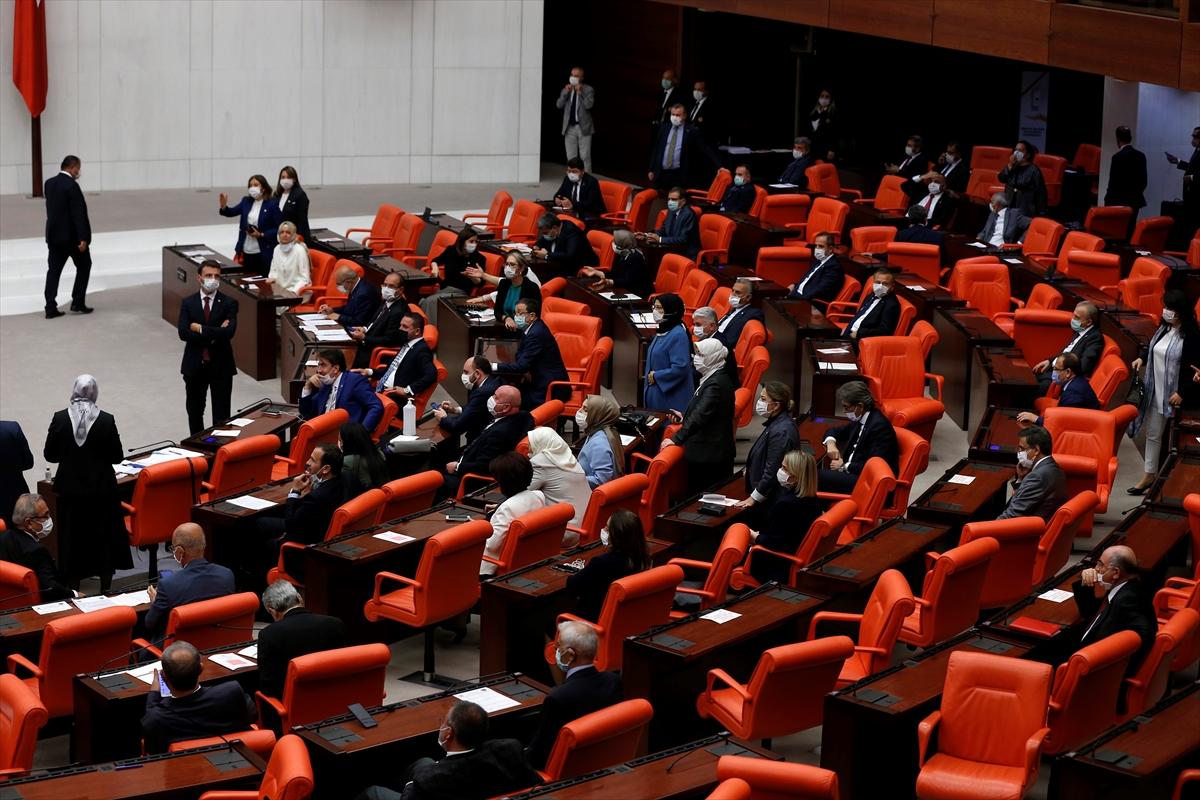 TBMM'de HDP'li ve AK Partili vekiller tarıştı #1