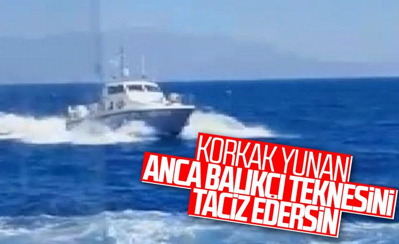 Yunan botundan Türk balıkçılara taciz
