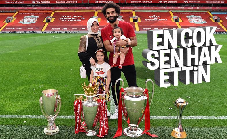 Salah, ailesiyle Anfield Stadyumu'nda