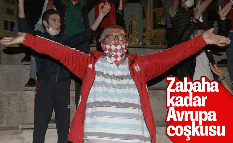 Sivas'ta taraftarlar Avrupa coşkusu yaşadı