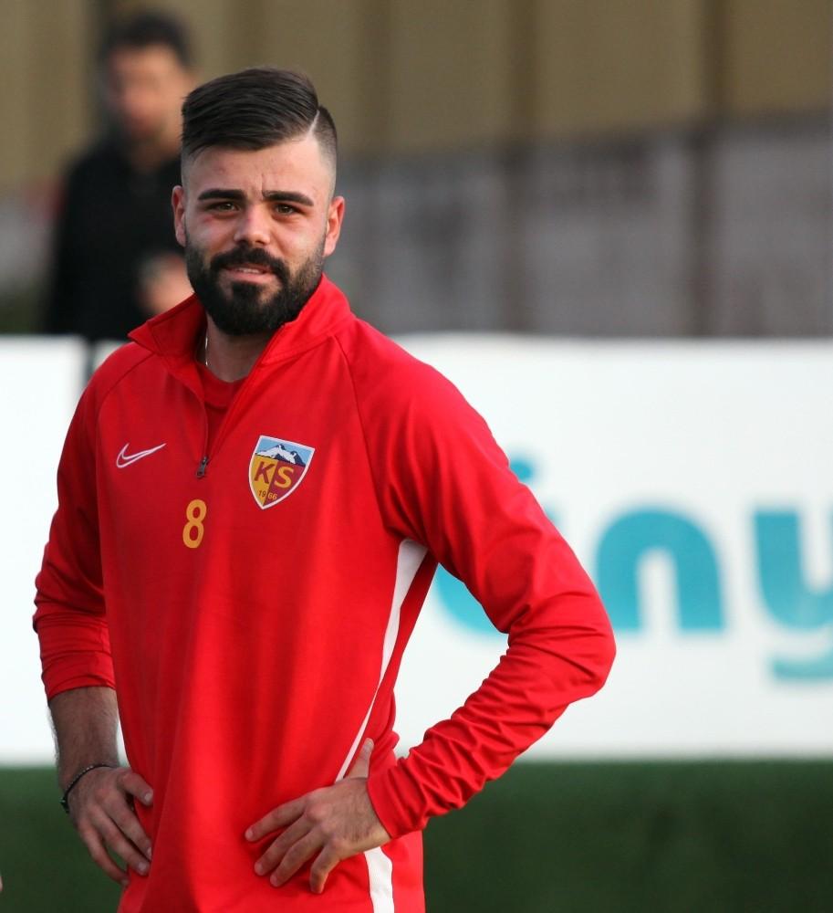 Fatih Terim'in listesindeki 3 Türk futbolcu #3