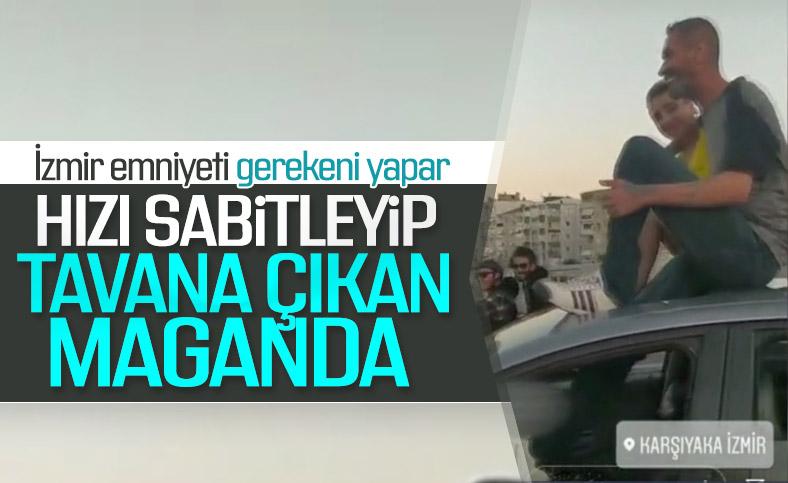 İzmir'de sürücü ayağıyla otomobil kullandı