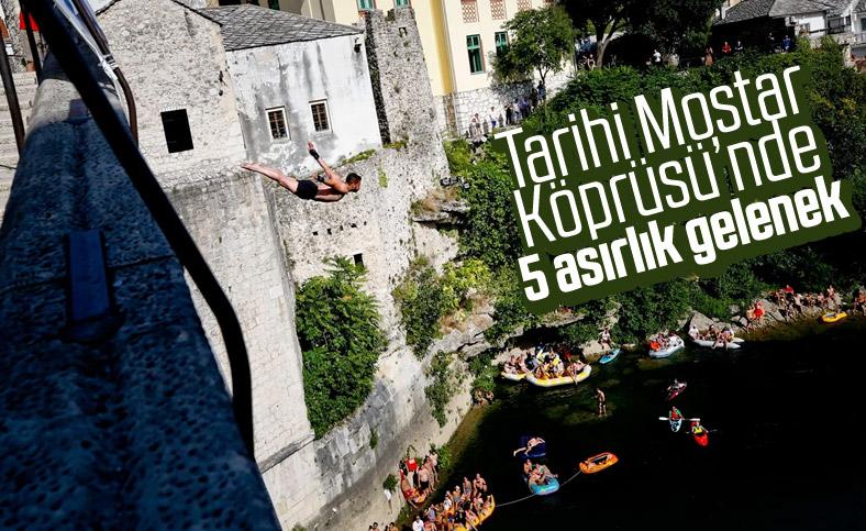Bosna'da 454. Geleneksel Mostar Köprüsü Atlayışları