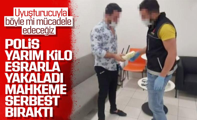 Üzerinden yarım kilo uyuşturucu çıktı, serbest bırakıldı