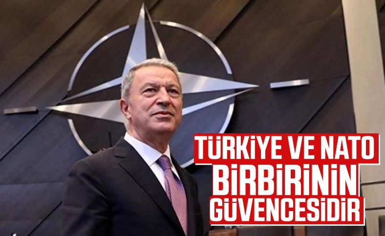 Hulusi Akar: Türkiye, NATO'nun güvenliğinin merkezidir