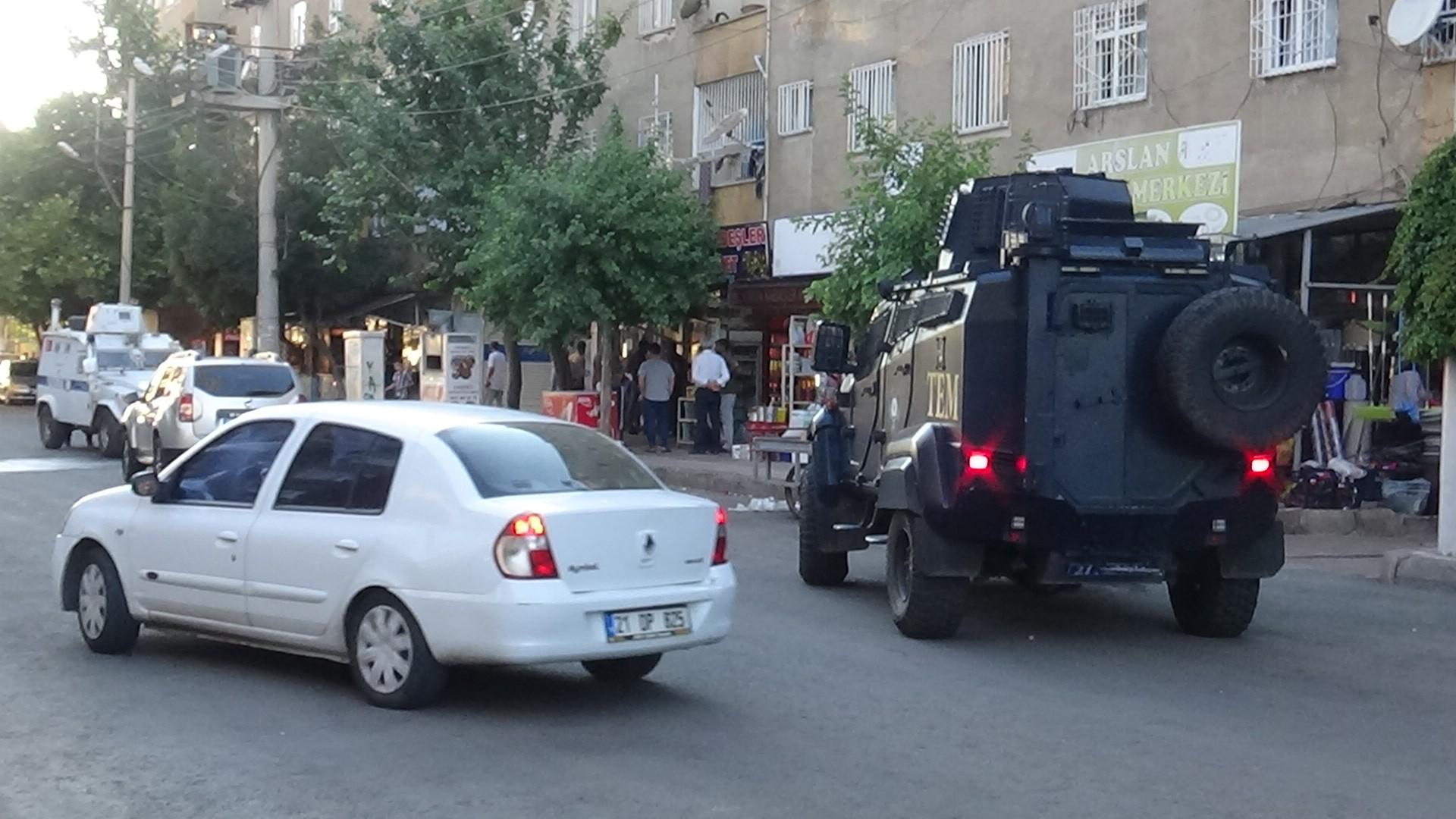Diyarbakır'da pazar yeri kavgası: 12 yaralı #3