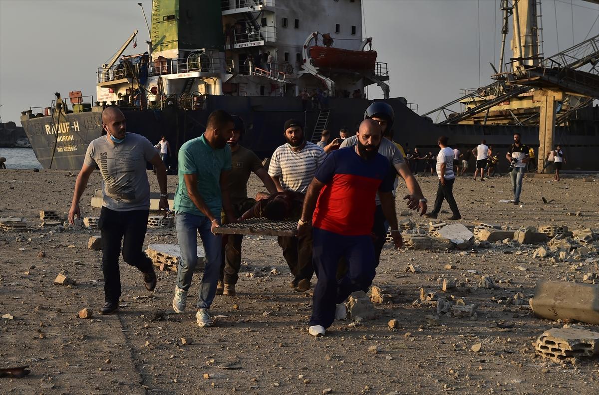 Lübnan'ın başkenti Beyrut'ta patlama #12