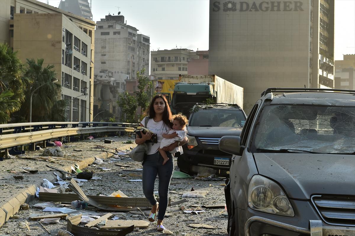 Lübnan'ın başkenti Beyrut'ta patlama #5