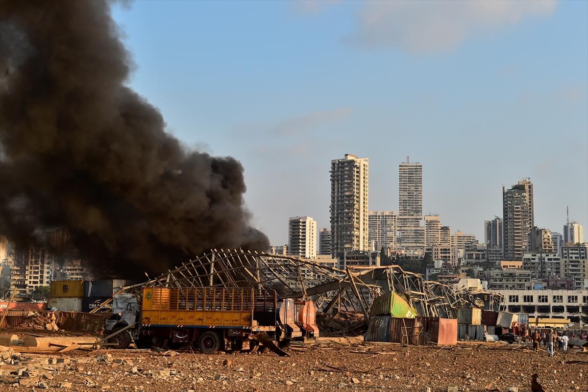 Lübnan'ın başkenti Beyrut'ta patlama #13