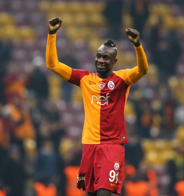 Galatasaray'da kamp kadrosuna alınmayacak isimler #2
