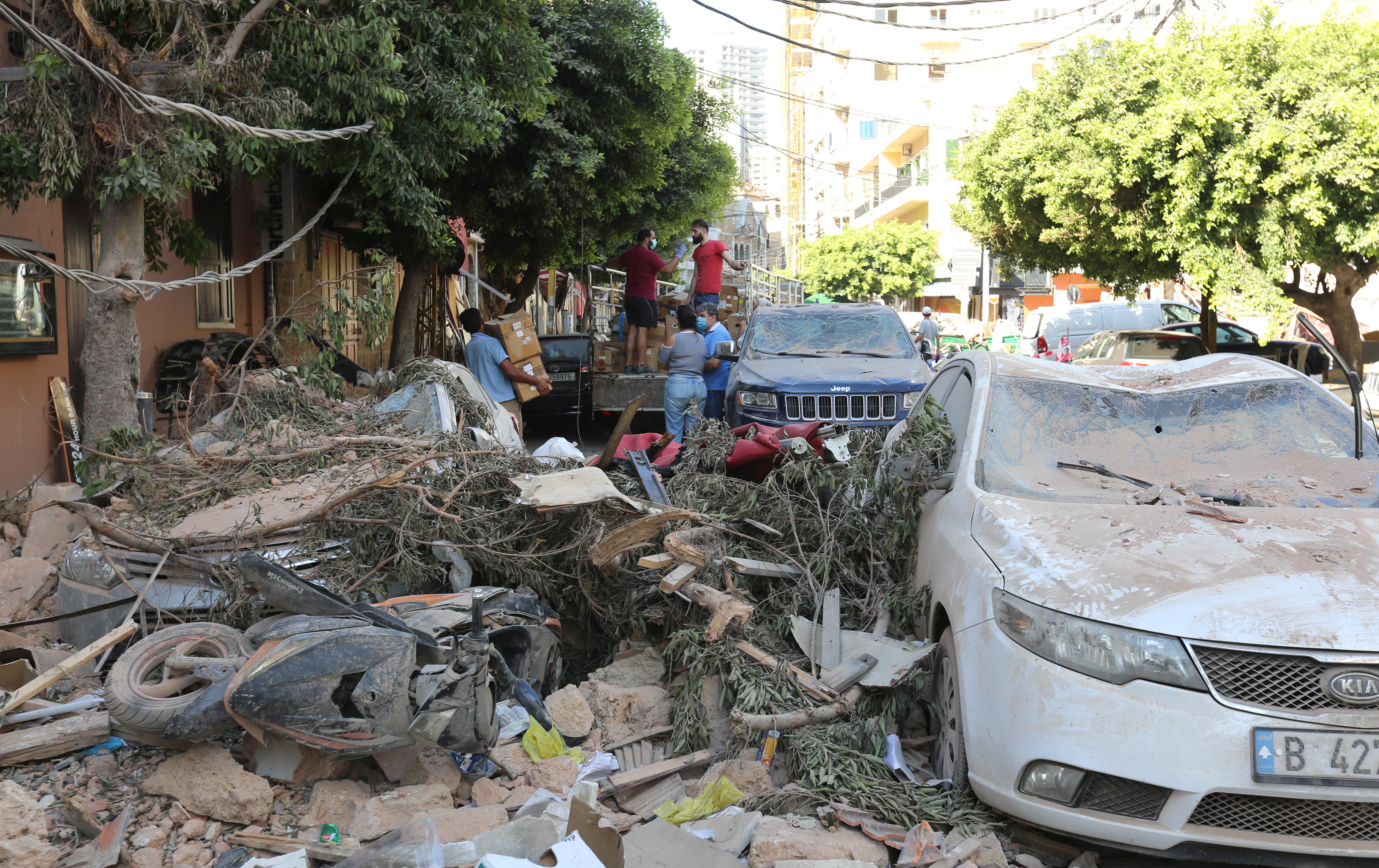 Lübnan Cumhurbaşkanı: Patlamanın nedeni belli değil # 6
