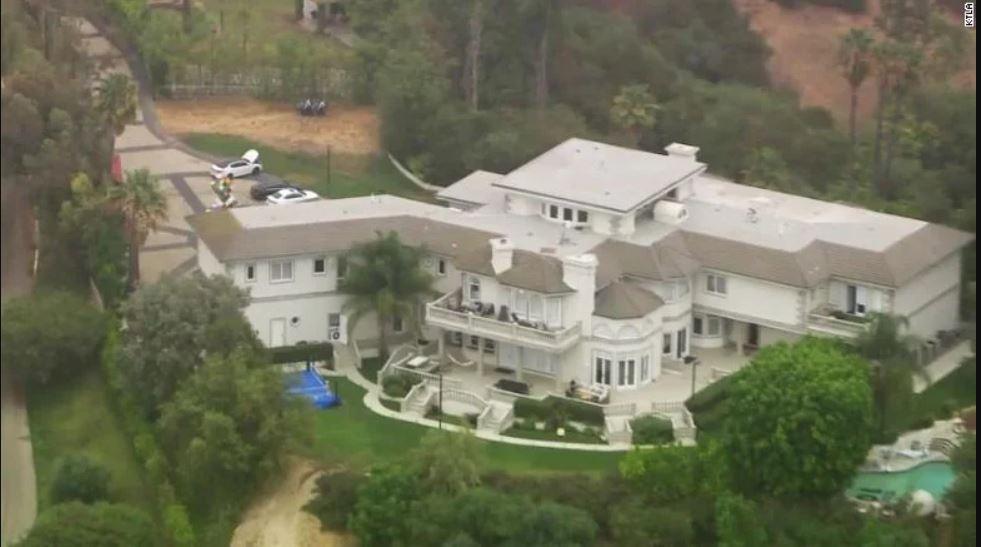 Jake Paul'un evi FBI # 4 tarafından arandı