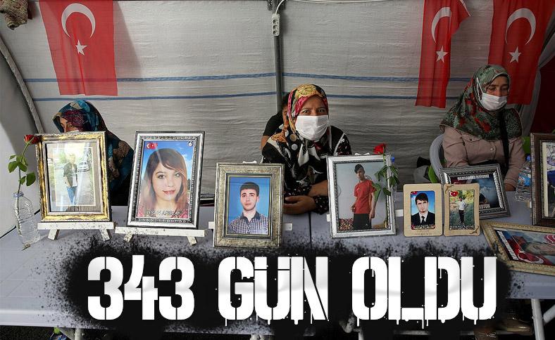 Diyarbakır'da ailelerin nöbeti devam ediyor
