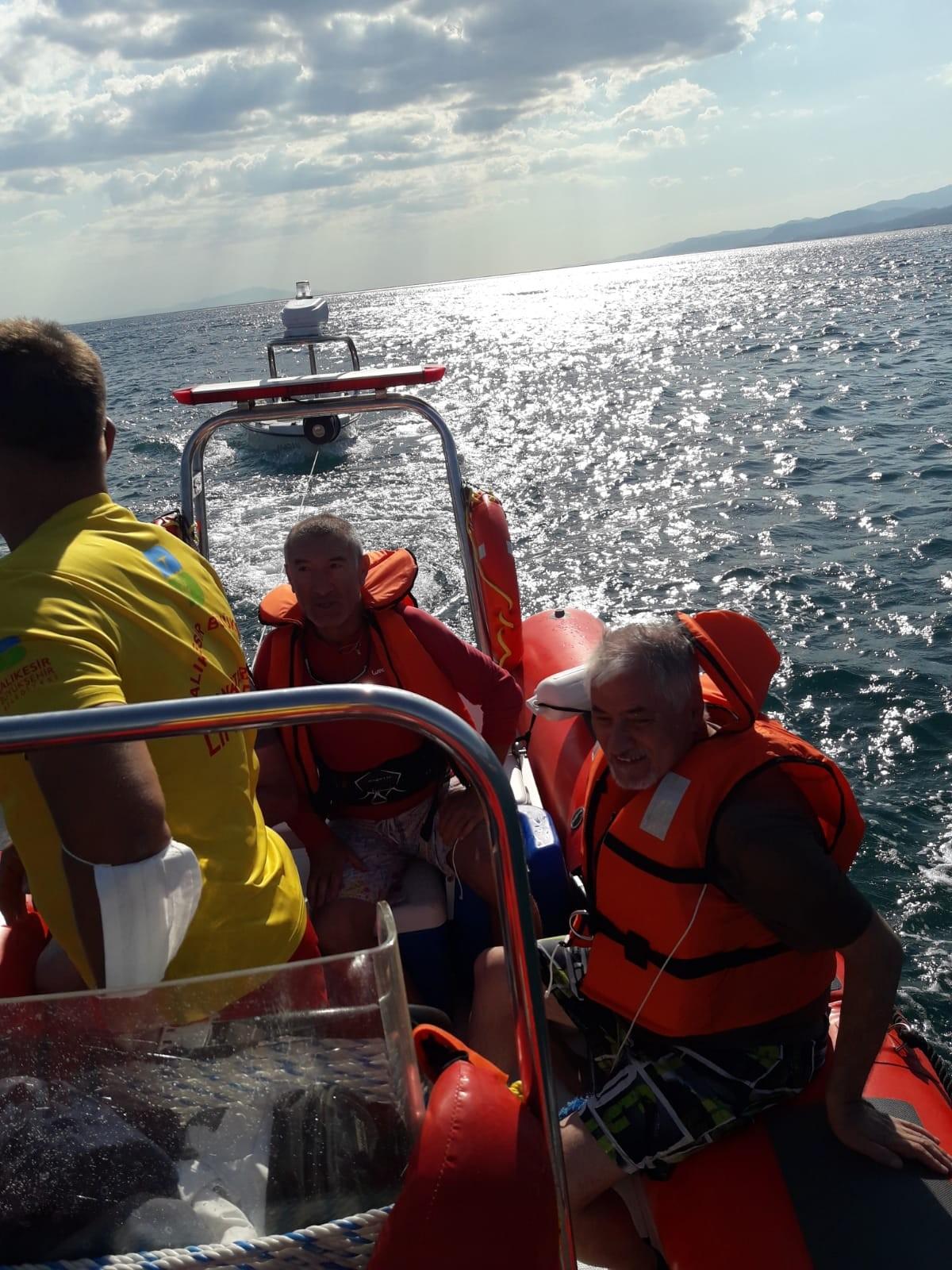 Balıkesir de cankurtaranlar 4 kişiyi kurtardı #1